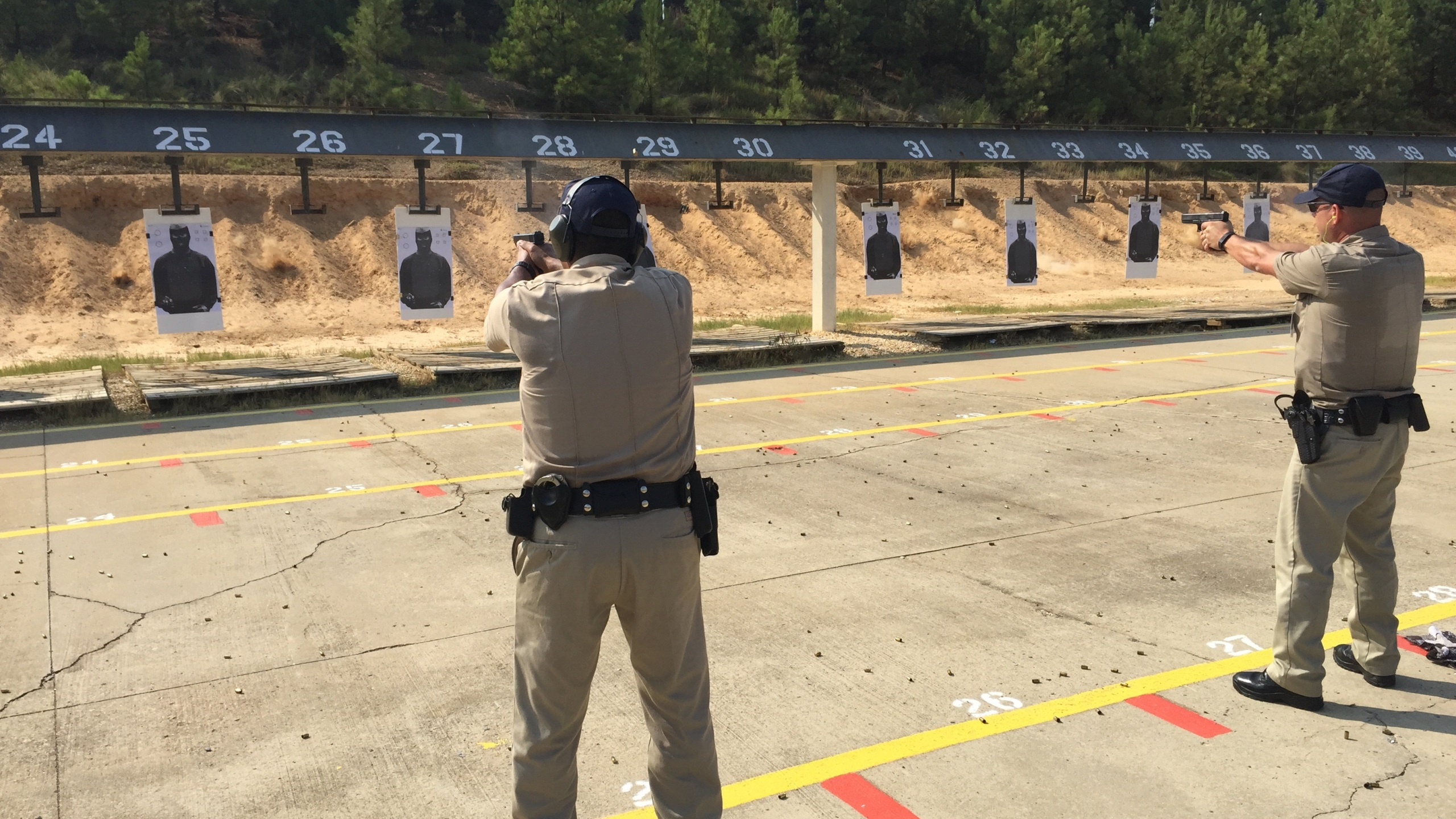 Cadets on firing range_27056
