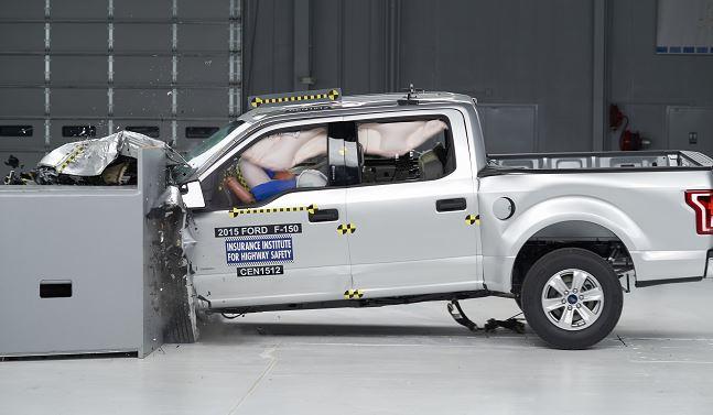 TruckCrash650_26837