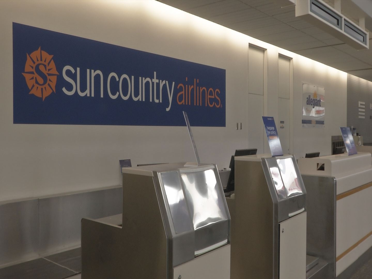 SUN COUNTRY Airlines_36964