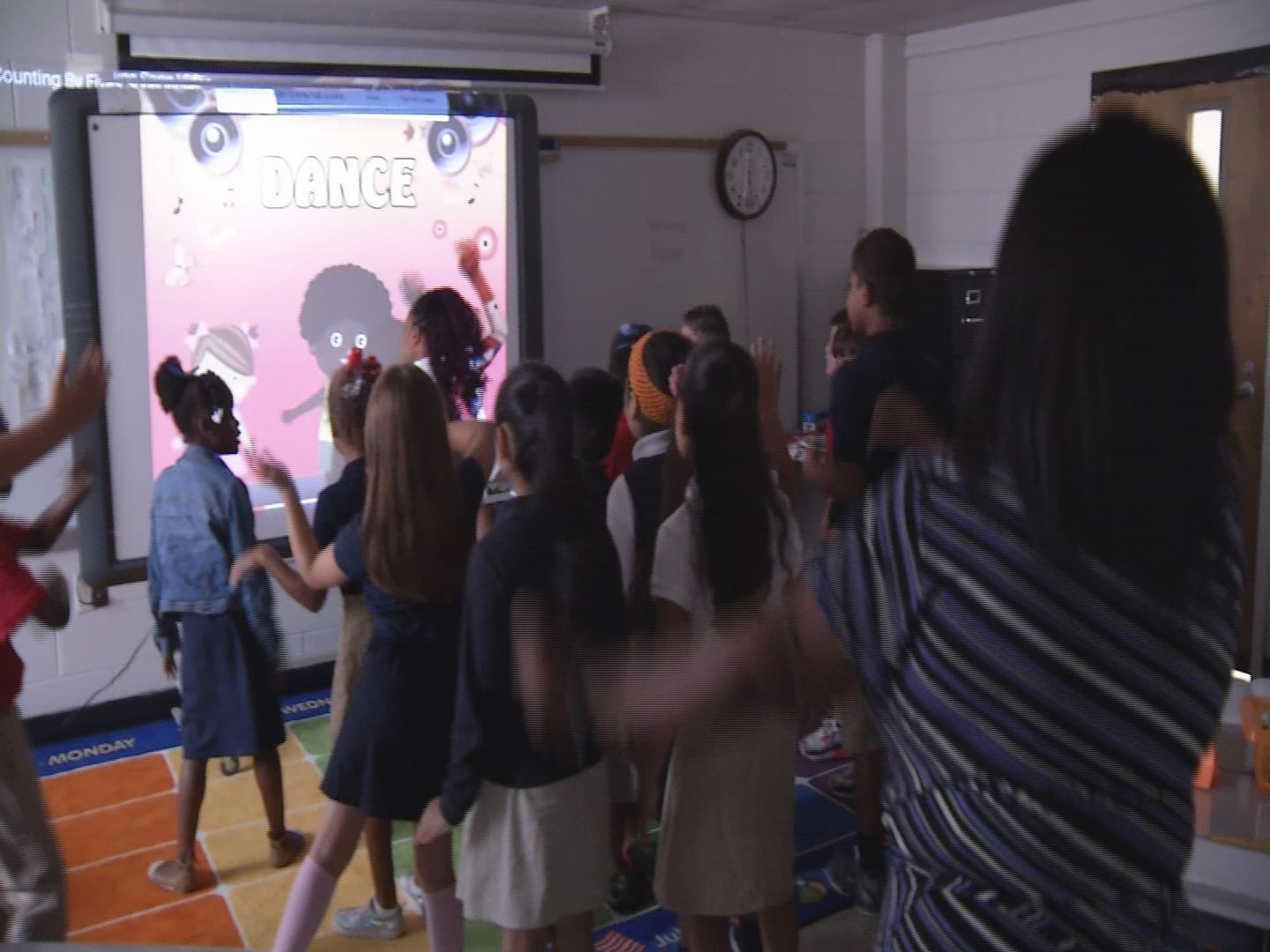 Fighting Childhood Obesity in the Classroom_55563