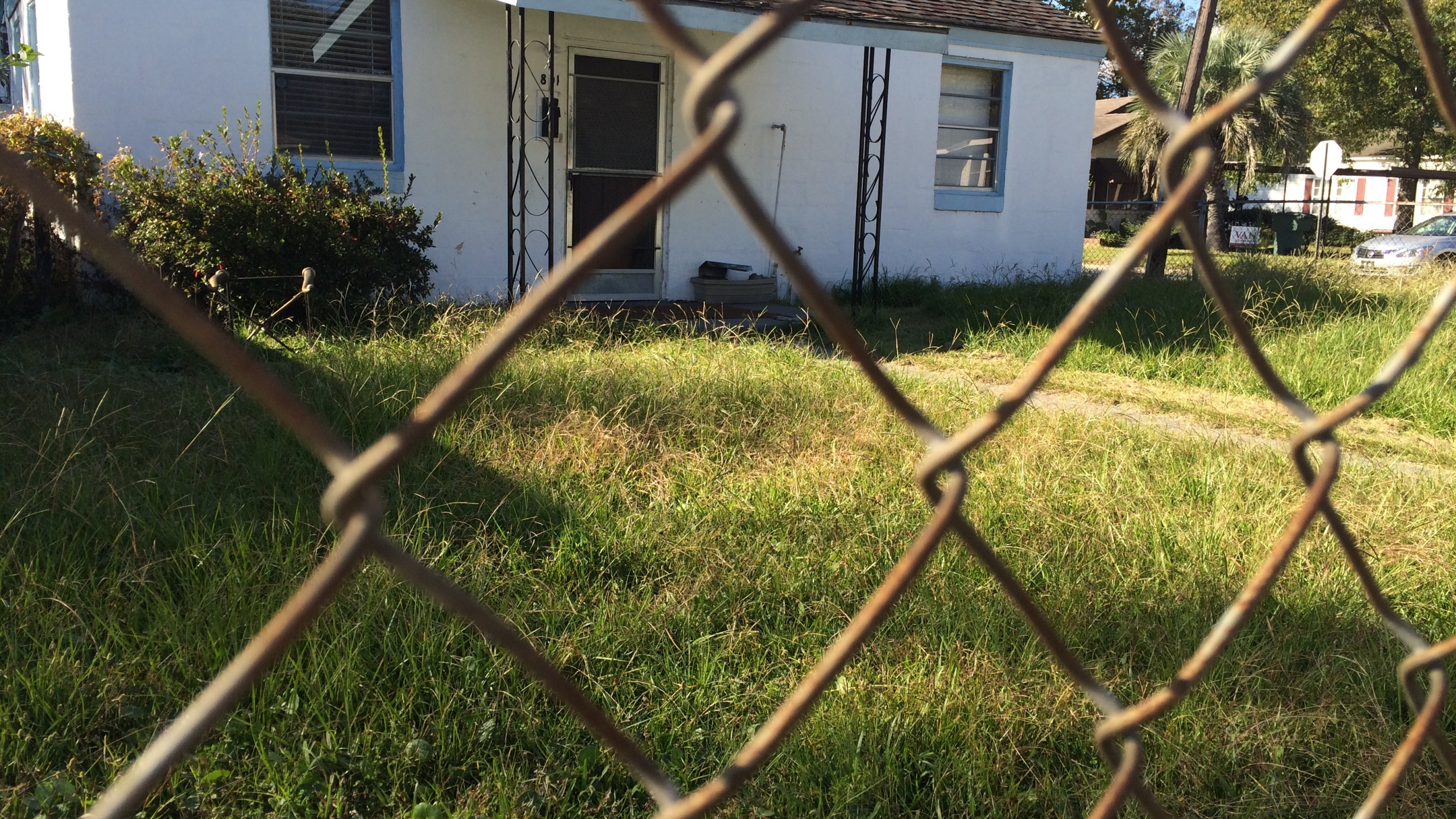 Triple Homicide House_59075