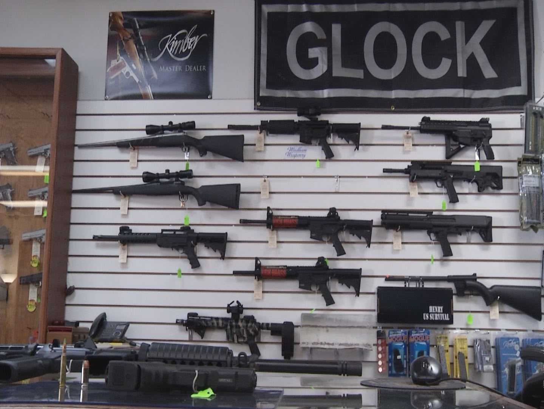 Thunderbolt Gun Shop_70980
