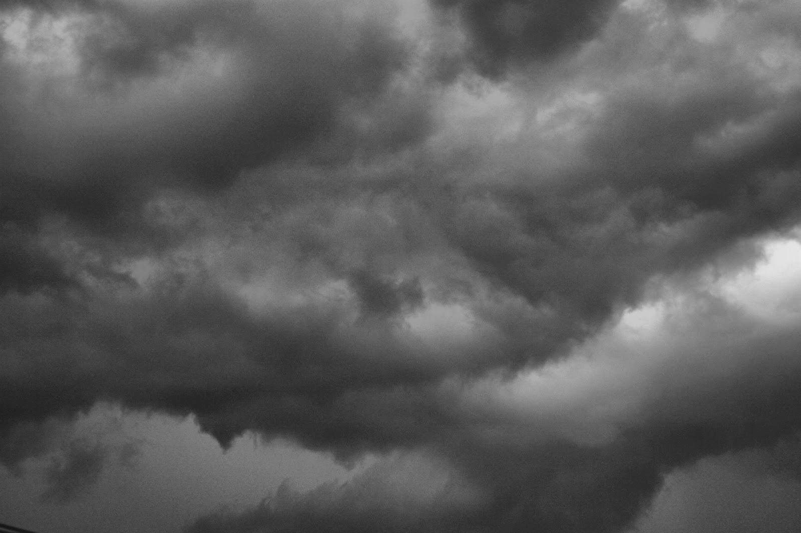 dark-storm-clouds_94262
