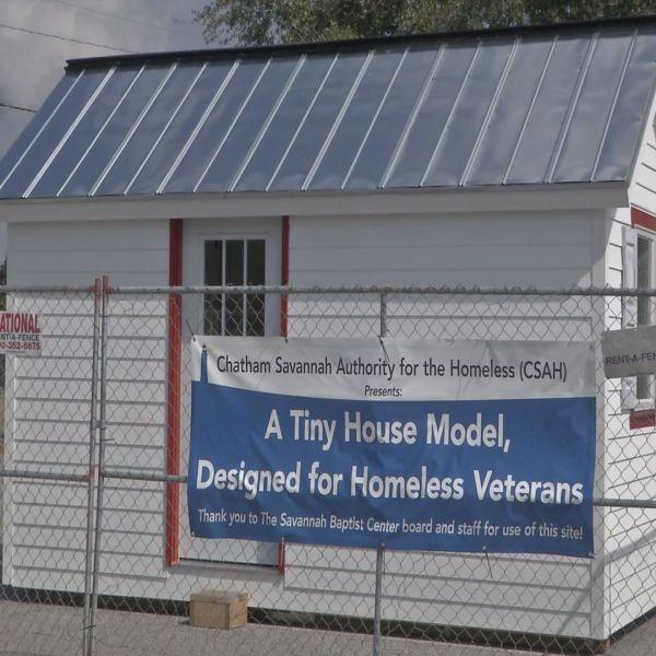 TINY HOUSES FOR HOMELESS_93967
