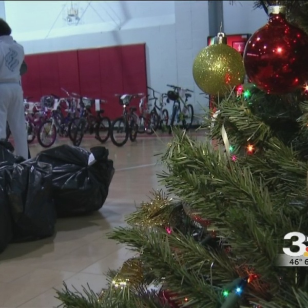 Holiday assistance draws hundreds to Salvation Army