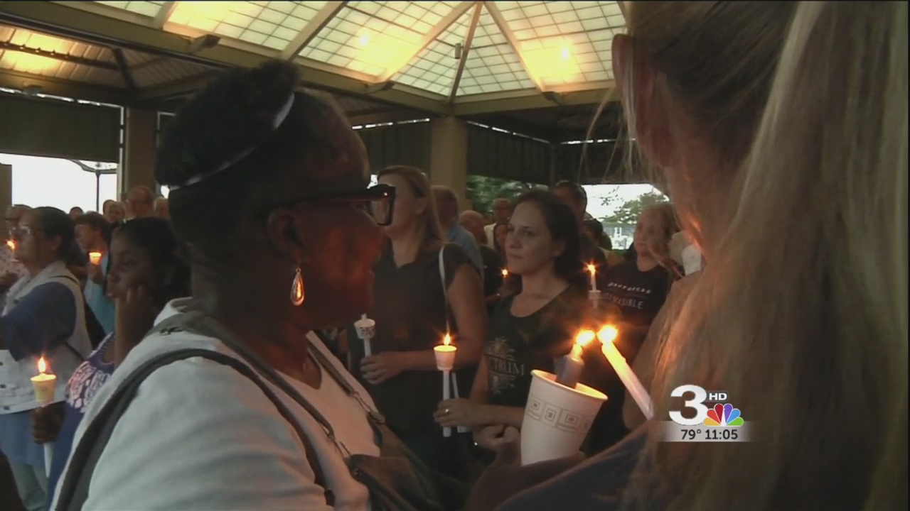 candlelight vigil beaufort 2_284563