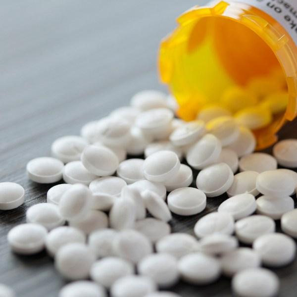 spilled-pills_270229
