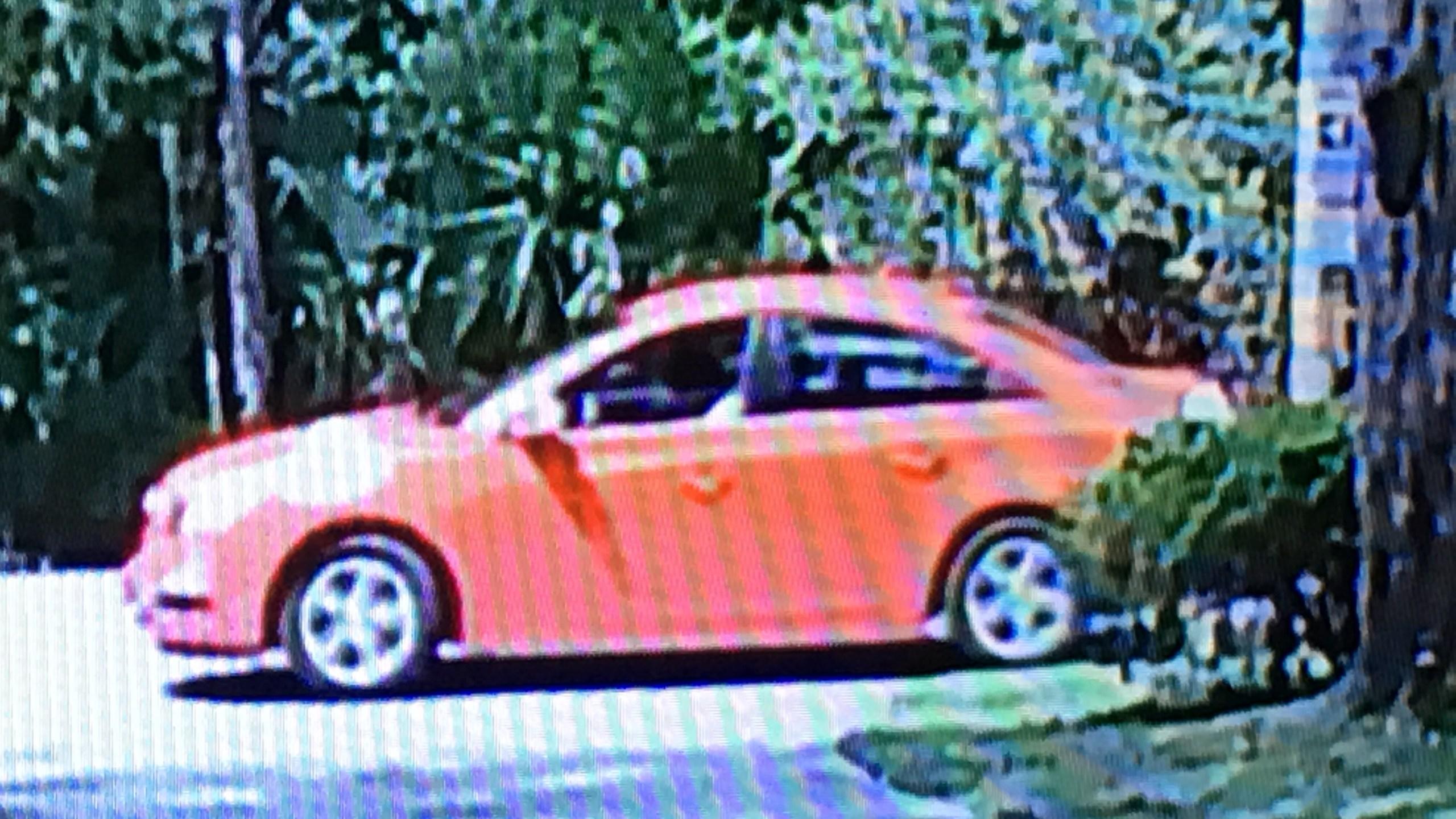 Red Chevrolet Cruze_312228