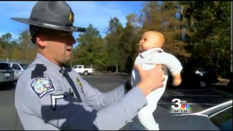 trooper saves baby 2_331888