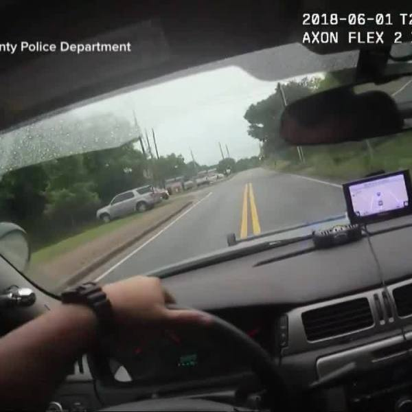 Georgia_officer_hits_suspect_with_car_0_20180604152655