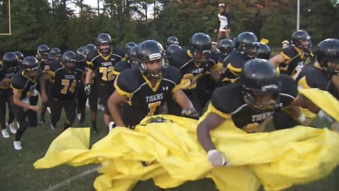 Football fizzles: High schools opt out of varsity seasons