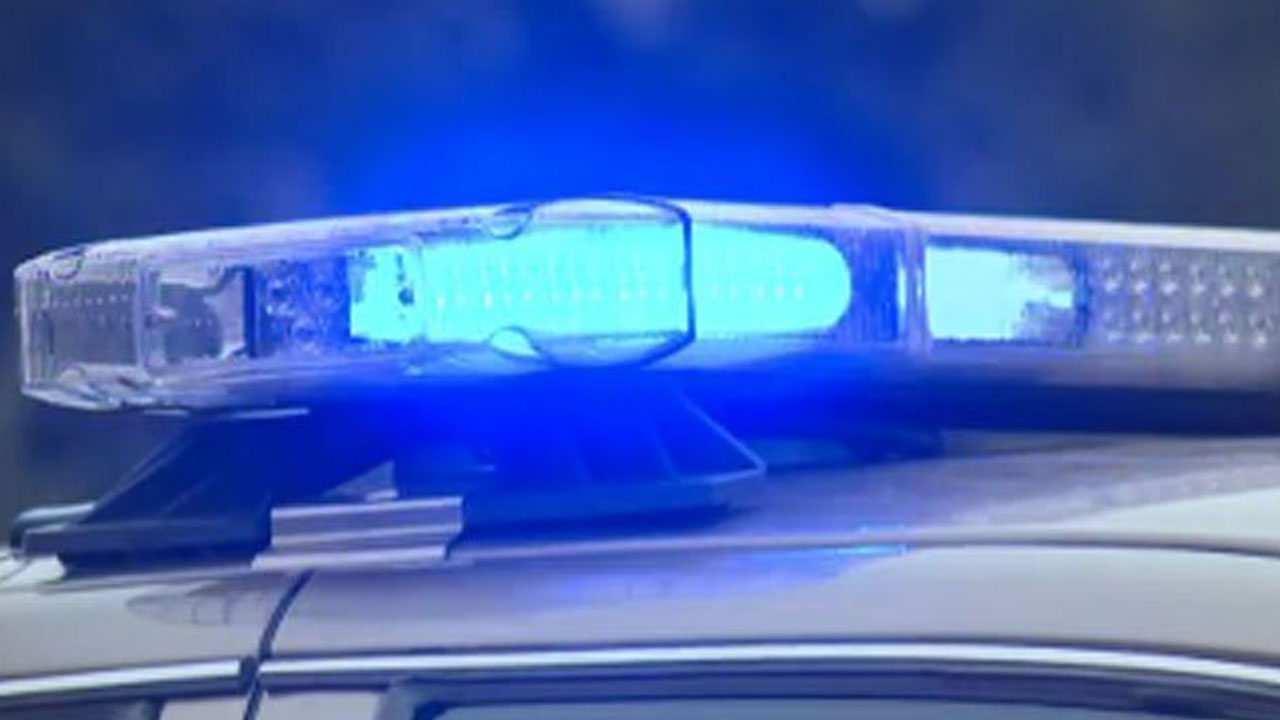 police lights generic big crime scene_378910-846624087