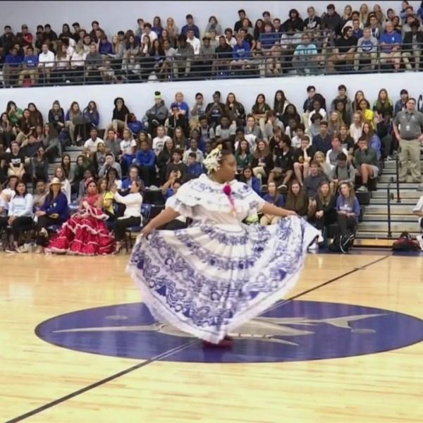 May_River_High_School_celebrates_Hispani_0_20181003232814