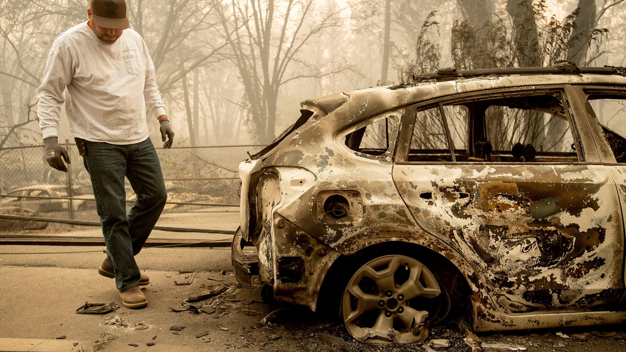 APTOPIX_California_Wildfires_43522-159532.jpg38066901