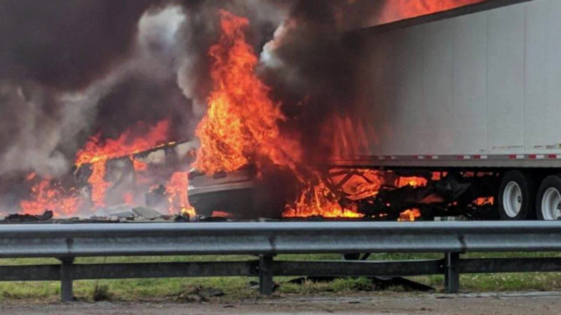 Florida_deadly_crash_newser_0_20190104172012