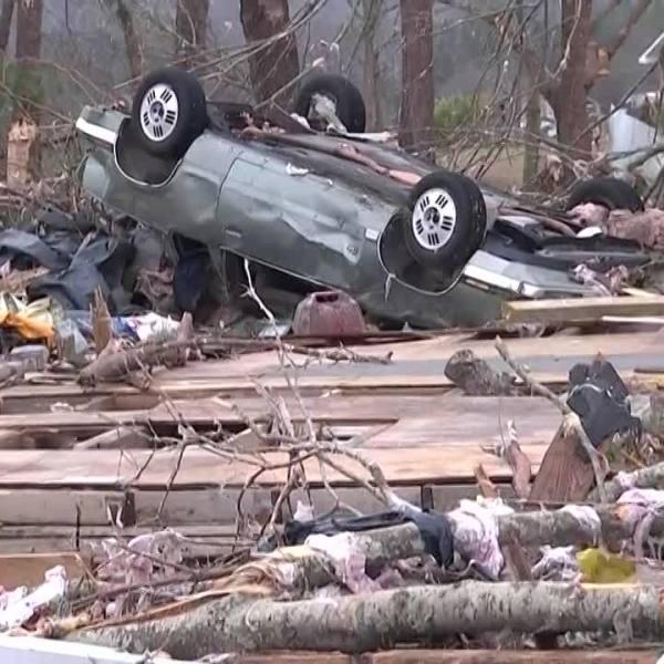 Search for tornado victims continues