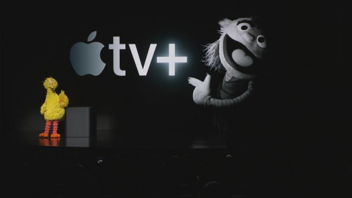 Apple announcements: TV, news, gaming, credit card