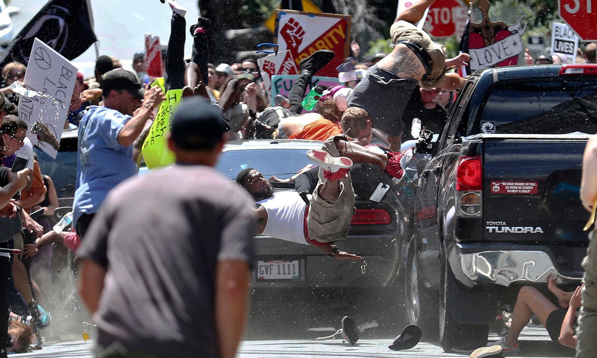 Confederate_Monument_Protest_40814-159532.jpg64931882