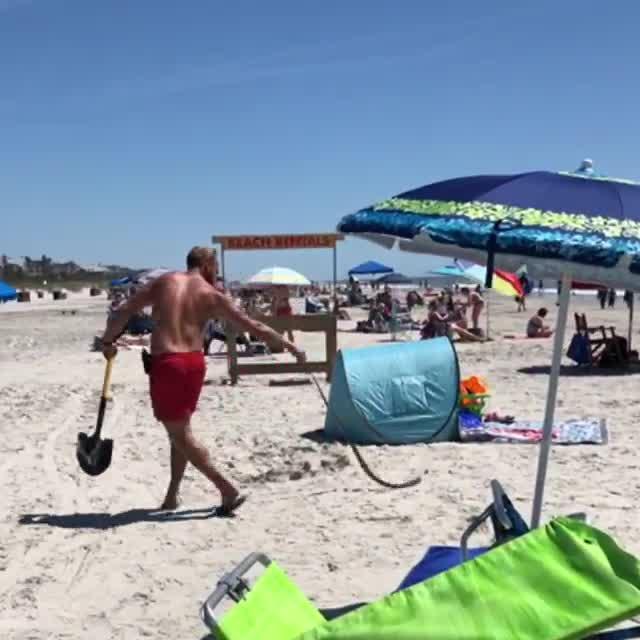 HHI Shore Beach Services catch a snake!