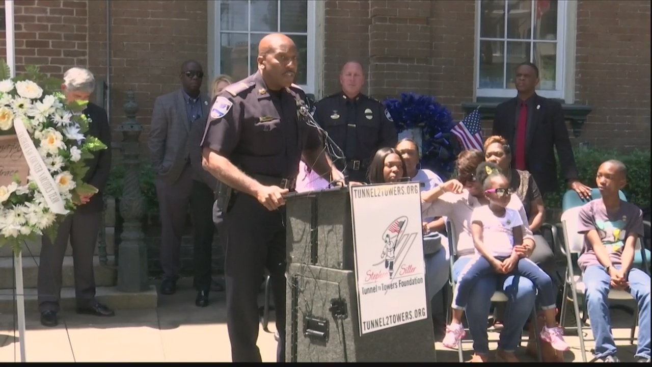 Sgt. Ansari's family accepts $100,000 donation, visits memorial for first time