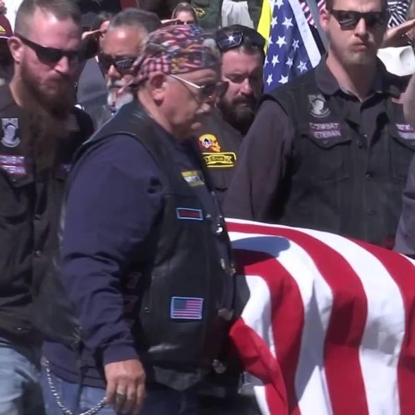Funeral for unclaimed veteran draws hundreds
