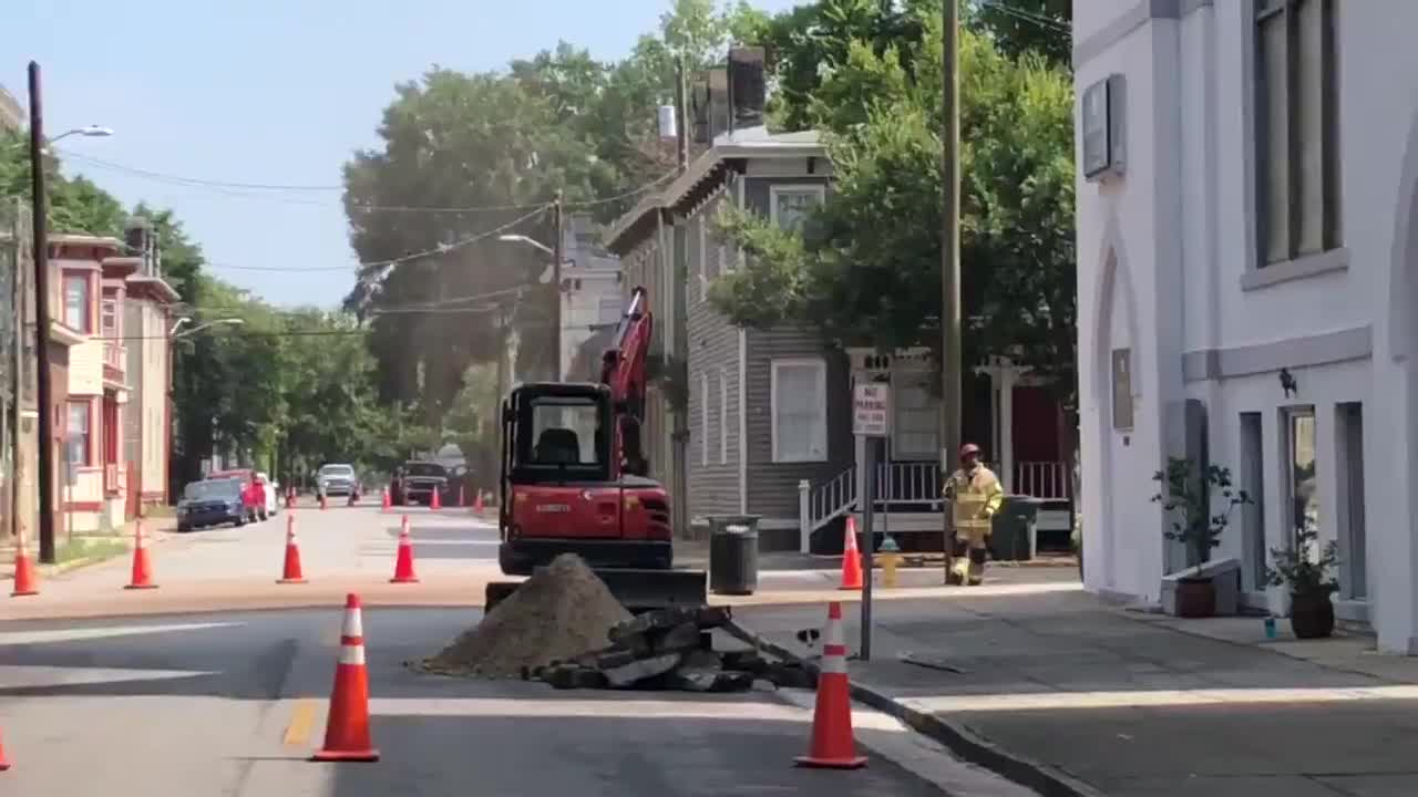 Gas leak at Park Avenue and Jefferson Street capped, road